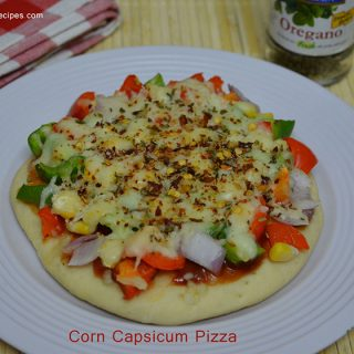Corn Capsicum Pizza | Corn Capsicum Pizza recipe with pictures