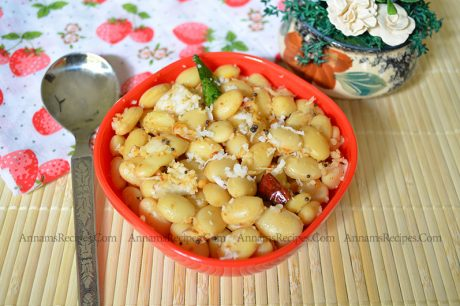 Mochai Sundal Mochai Payaru Sundal Recipe
