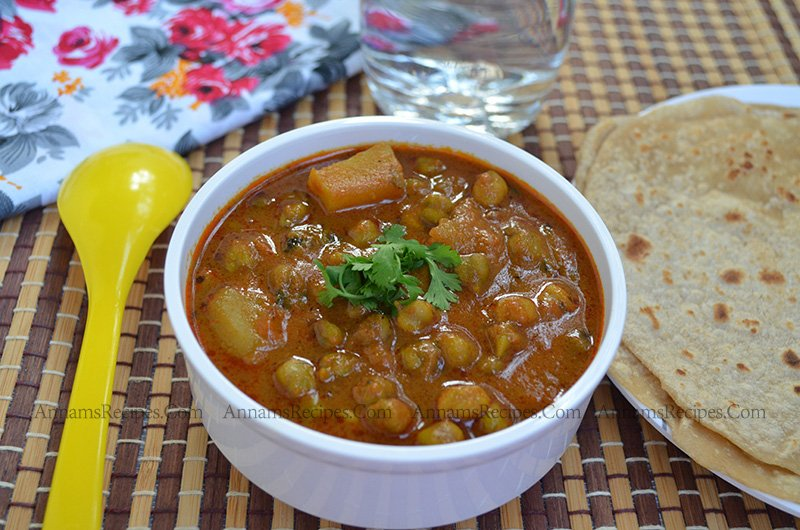 Fresh Green Chickpeas Potato Gravy Chickpeas Potato Gravy Recipe